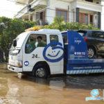 evakuasi garda oto mobil terendam air